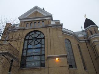 Notre Dame Basilica, Chicago, exterior