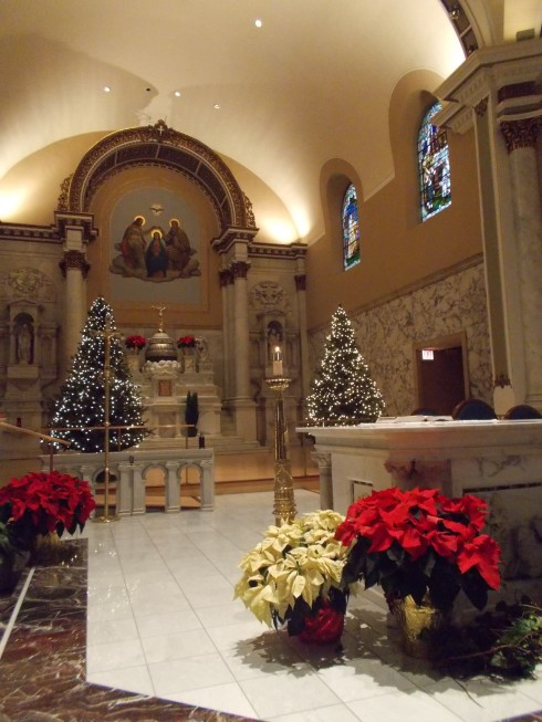 Notre Dame Basilica, at Christmas, in Chicago